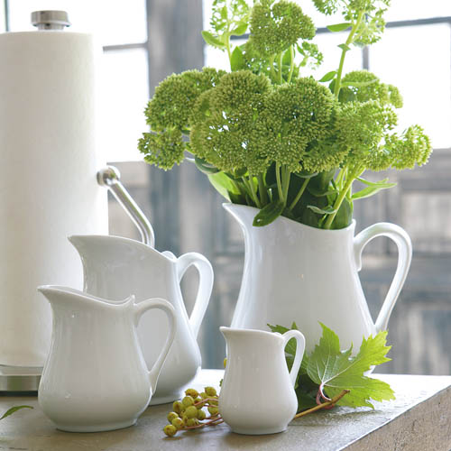 CERAMIC PITCHER-S